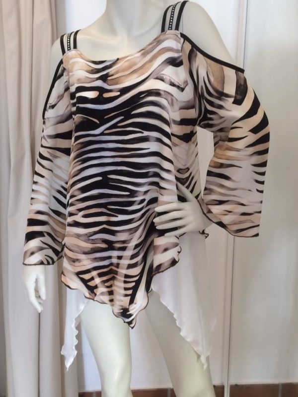 Silk top, custome made by Boutique La Femme ! 4